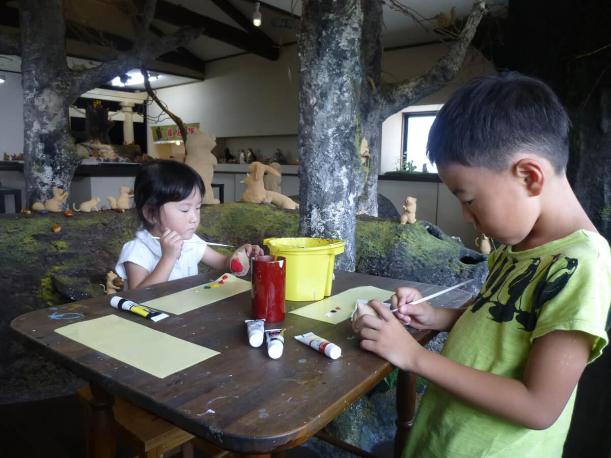 Lacquerware and Crafts, Kirinoko Ningyokan