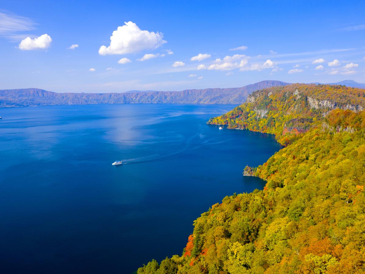 Lake Towada Excursion Boat_1