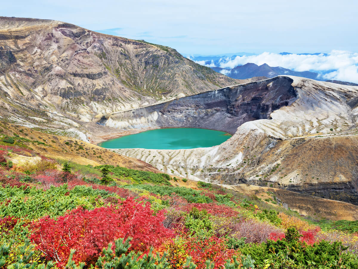 Zao Okama crater lake_2