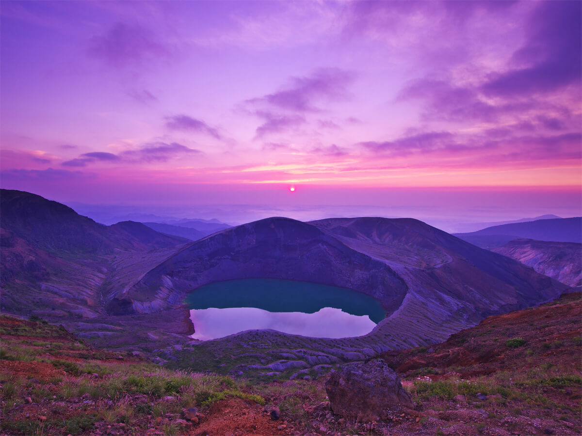 Zao Okama crater lake_3