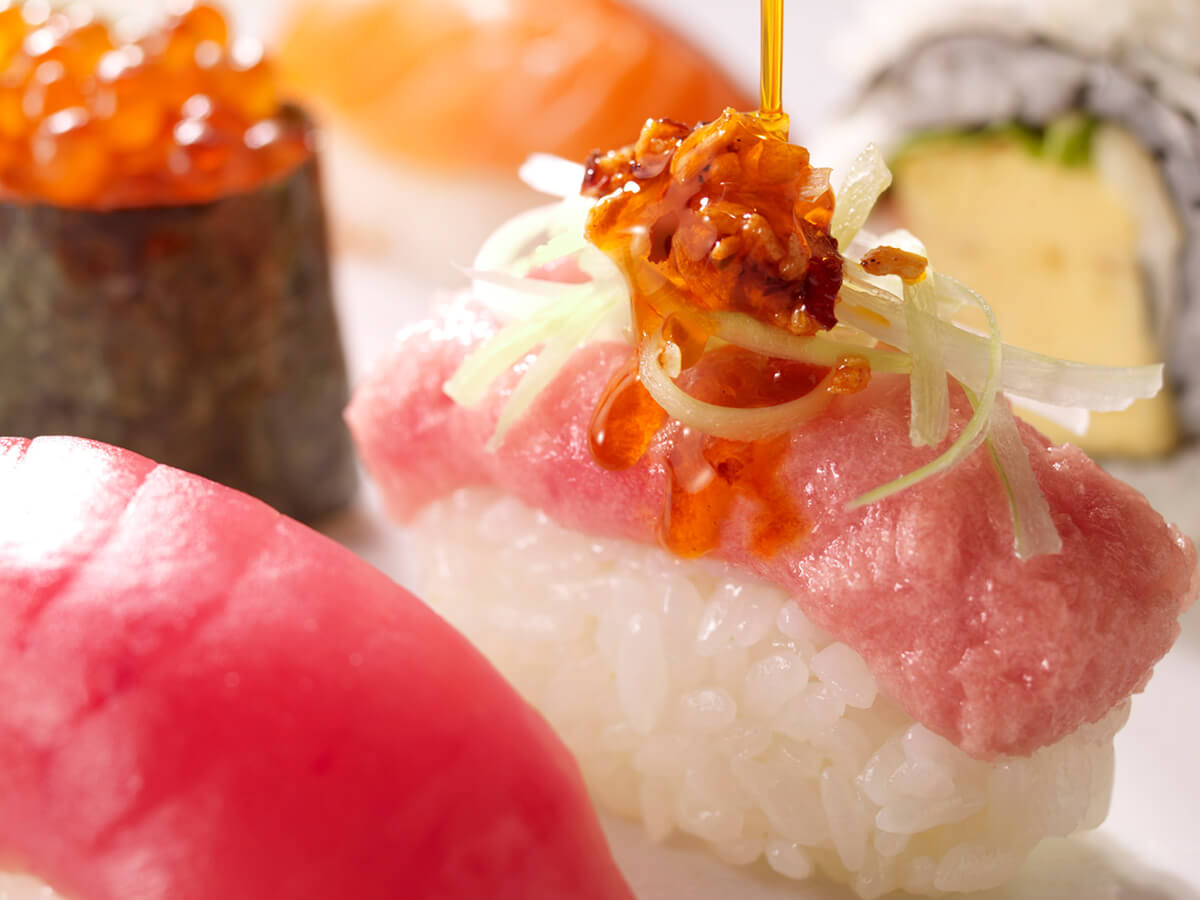 High-tech kaiten-sushi restaurant_3