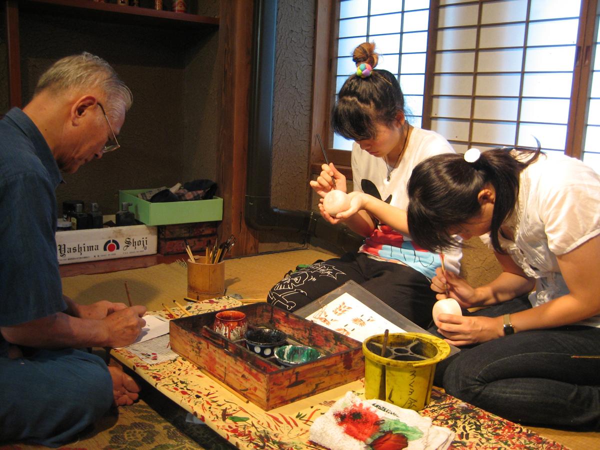 Yajiro Kokeshi Village_2