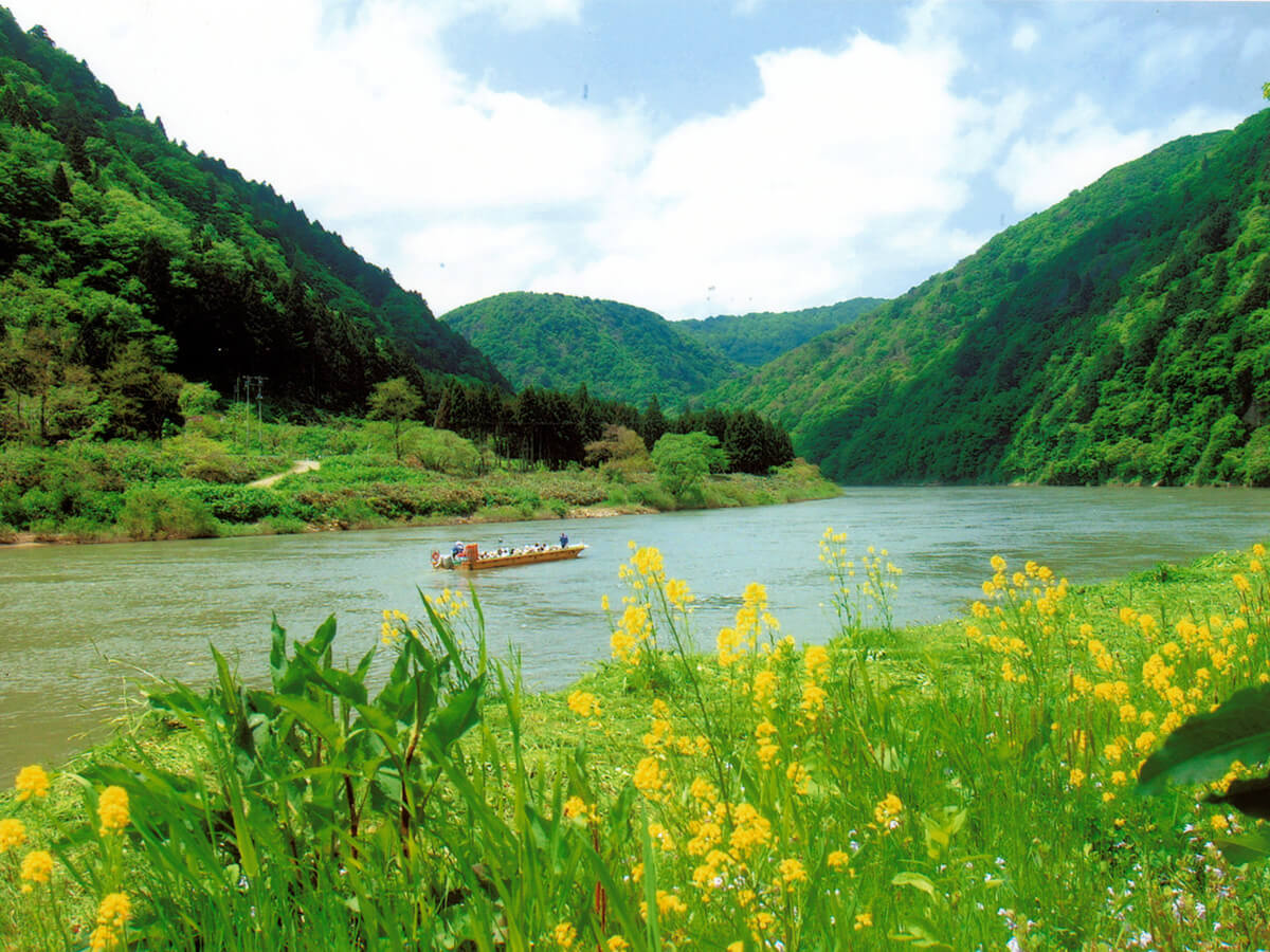 Mogami Gorge Basho Line Sightseeing (Traveling down the Mogami River by boat)_1