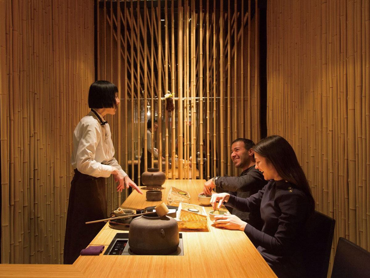 ลิ้มลองรสชาติของชา ณ จูเกสึโดะ