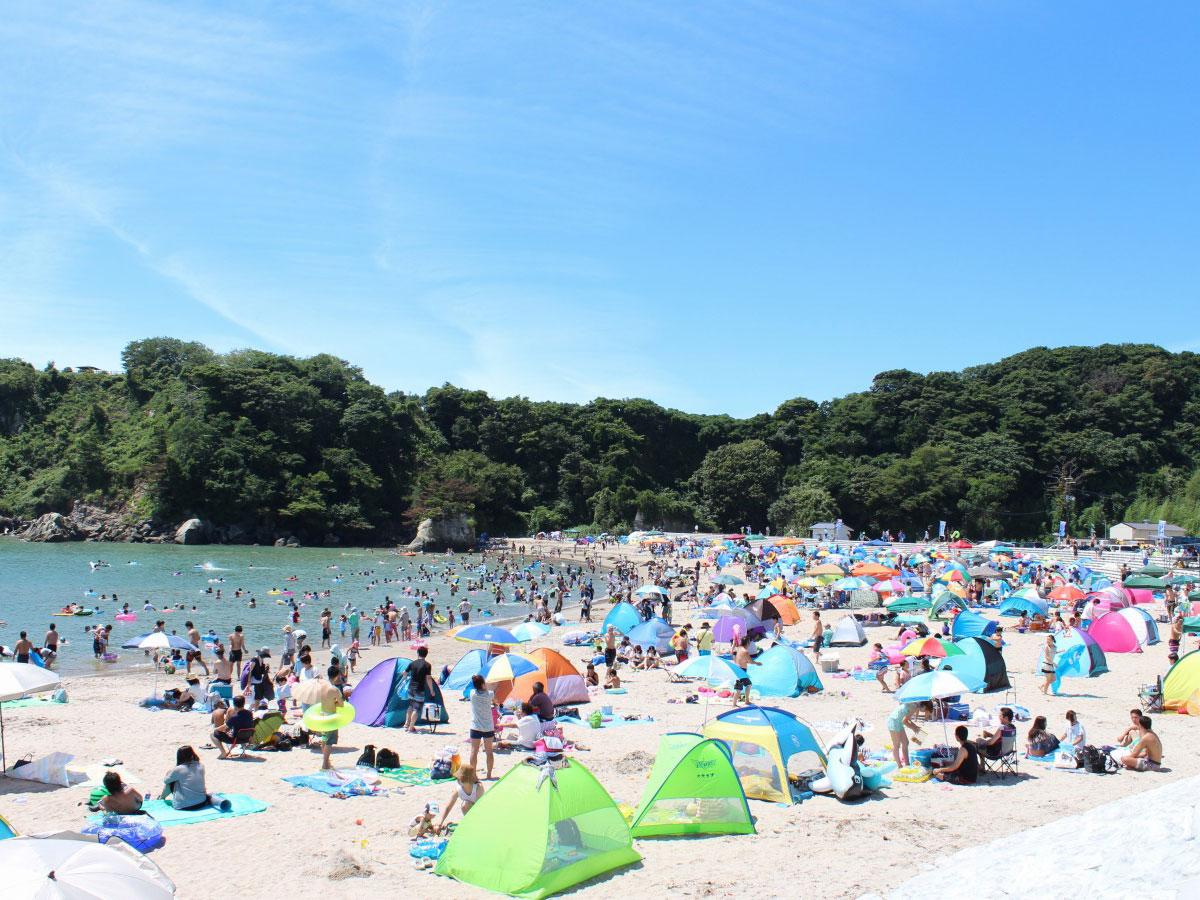 Playa de Tsukihama (experiencias de pesca)